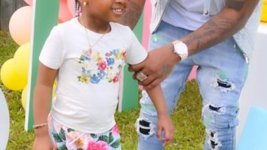 Photo of Davido Stop His Daughter For Twerking On Her 4th Birthday